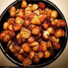 «Qui veut des patates... De Noirmoutiers... #yummy #gourmandcroquant #happy #homesweethome #foodphotographer #instafood #plaisir #fun #food»