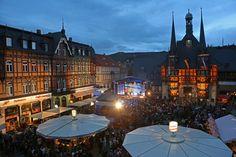 Das Rathausfest lockte tausende Besucher in die Innenstadt von Wernigerode. (Foto: Matthias Bein)