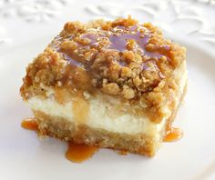 apple cheesecake bars, plus LOTS and LOTS more ways to make the uber-delicious apple into an Uber-Duber-Delicious desert!! Yummmmers!!