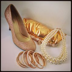 Have an event to go to this weekend??? Come on by at the AYL Boutique and we'll help you find the accessories and shoes that will turn heads at any party! And with 50% OFF THE ENTIRE STORE, what better way to shop?! You can also shop online at www.aylboitique.com #style #fashion #fashionista #fashionaddict #stylish #gold #sparkle #events #elegant #pearl #sparkle #boutique #fashionboutique #clarksvilleboutique #womensboutique #heels #clutch #necklace #bracelet