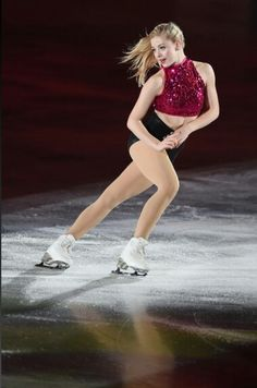 Gracie Gold - ISU World Team Trophy 2015 Gracie Gold, Figure Skating Quotes, Figure Skating Dresses, Ice Girls, Ice Skaters, Women Figure, Ladies Figure, Winter Sports, Roller Skating