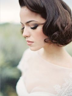 Vintage Wedding Hair - These fresh and elegant bridal looks are a must-see for spring with fresh flower crowns, lace dresses and the cutest flower pup! Vintage Wedding Hair, Short Wedding Hair, Wedding Hair And Makeup, Bridal Makeup, Hair Makeup, Eye Makeup, Makeup Contouring, Soft Makeup, Prom Makeup