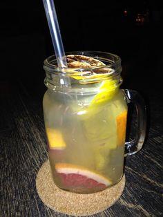 Stadt der Limonaden - Trinken und Essen in Bratislava: Homemade Limonade