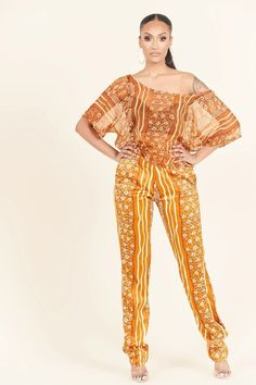 23 Must-Have African Pants to Rock This Year and Beyond! African Clothing For Sale, Modern African Clothing, Traditional African Clothing, African Dresses For Women, Traditional Outfits, African Print Pants, African Print Fashion, Fashion Prints, Ghanaian Fashion