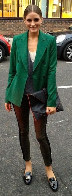 Olivia Palermo media gallery on Coolspotters. See photos, videos, and links of Olivia Palermo. Olivia Palermo Outfit, Estilo Olivia Palermo, Blazer Verde, Blazers, Zara, Street Style, Look Chic, Look Fashion, Simply Fashion