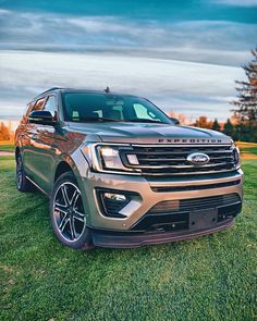 Find your NEW Ford Explorer, Mustang, Escape, Edge or Expedition in Edinburg Texas! Hacienda Ford is minutes away from McAllen! New Ford F150, Car Ford, Ford Gt, Ford Trucks, Lifted Ford Explorer, Top Suvs, Family Suv, Lincoln Aviator, Ford Excursion