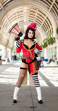 Mad Moxxi Cosplay #cosplay #costumes #videogames