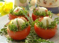 Jaja z pomysłem - Smaker. Easter Recipes, Pina Colada, Tortellini, Pavlova, Fruits And Veggies, Sorbet, Sushi, Food And Drink, Appetizers