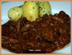 Slow Cooker Casserole, Goulash, Stew, Entrees, Authentique, Catering, Crockpot, Pork, Meals