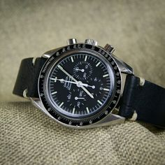 The classic of all classics our black classic vintage strap on the Speedmaster!!!!