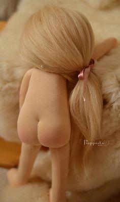 ''Olinka'' Waldorf Doll. (By Puppula Dolls).