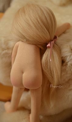 ''Olinka'' Waldorf Doll. (By Puppula Dolls).