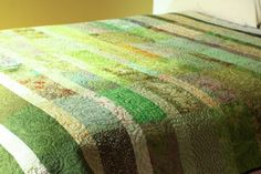 Queen size quilt - spring green  ... from 'bTaylorQuilt' on Lilyshop for $580.00