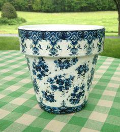 Country Cottage Le Jardinier Flower Planter Cache Pot Blue