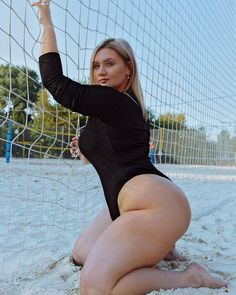 Are you searching for bbw single or plus size single just login to my site you can find simply in my site so many singles are waiting for their ideal partner just join and find! Blond, Big Thighs, Bikini, Curvy Plus Size, Curvy Women Fashion, Women's Fashion, Voluptuous Women, Sexy Older Women, Sexy Curves