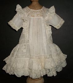 Beautiful Antique Batiste Doll Dress, French / German Beautiful antique doll dress, Perfect for any French or German bebe. The dress measures 13 long, 11 across the shoulders, Sleeve end to end. 7 across the bodice and 8 across the front waist. Beautiful Gowns, Beautiful Outfits, Couture Main, Vintage Outfits, Doll Dress Patterns, Doll Costume, Antique Clothing, Antique Dolls, Baby Dress
