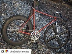 #Repost @dim3nsionalways (@get_repost) ・・・ #corima #corimawheels #duraace7600 #duraace #campagnolopistacrank #fixedgear #fixie #fixieporn #fixiefamous #fixed #fixedgearporn #bike #bicycle #bikeporn #cycle #cycleporn #ridetowork...
