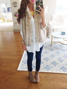 Lush Perfect Roll Tab Sleeve Tunic, Joe's Flawless Honey Curvy Skinny Jeans, Vince Camuto Maves Booties, Topshop Polo Leah Faux Fur Vest.  All from Nordstrom