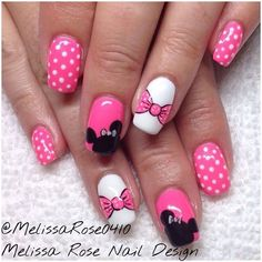 The Ultimate List of Minnie Mouse Craft Ideas! Minnie Mouse Finger Nail Art - The Ultimate List of Minnie Mouse Craft Ideas! Party Ideas, DIY Crafts and Disney themed fun food recipes. Fancy Nails, Love Nails, Pink Nails, Pretty Nails, Disney Nail Designs, Short Nail Designs, Nail Art Designs, Nails Design, Minnie Mouse Nails