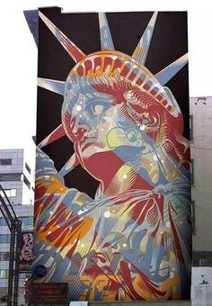 Street art | Tristan Eaton | Little Italy | NYC