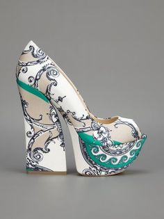 GIANMARCO LORENZI - printed platform pump /// im so im love with these