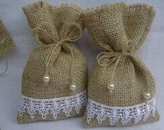 Handmade ideas from jute.❤ This tym lets celebrate an eco frndly diwali.lets say no to plastics and firecrackers❤ Instead of polythene use this jute bags, or cusion for beautiful decoration. Lavender Crafts, Lavender Bags, Lavender Sachets, Burlap Gift Bags, Jute Bags, Burlap Crafts, Diy And Crafts, Potli Bags, Burlap Projects