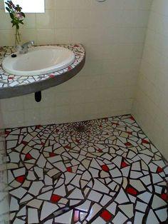 21 fantastic mosaic entry way 00012 Mosaic Bathroom, Bath Tiles, Mosaic Wall Art, Tile Art, Mosaic Tiles, Tile Crafts, Mosaic Crafts, Stone Mosaic, Mosaic Glass