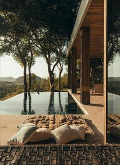 The most Insane Villas in Bali with private pools. This fantastic villa in Bali Indonesia! Design Patio, Design Exterior, Dream Home Design, My Dream Home, House Design, Future House, My House, House By The Sea, Minimalism Living