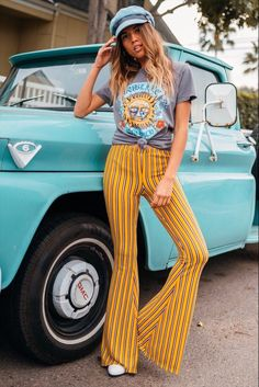 Life Clothing Co 70s Outfits, Hippie Outfits, Vintage Outfits, Casual Outfits, Fashion Outfits, Seventies Outfits, Vogue Paris, Post Pregnancy Fashion, Pregnancy Style