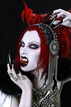 Are You Ready for Halloween? Female Vampire, Vampire Girls, Vampire Art, Gothic Crown, Dark Gothic, Succubus Cosplay, Everyday Make Up, Black Fairy, Beautiful Dark Art