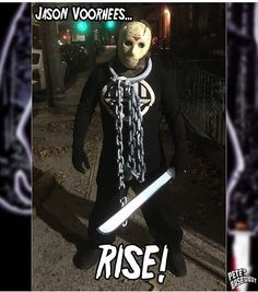 ANY QUESTIONS FOR TONIGHT'S #FRIDAYthe13th SHOW? #FlashbackFriday to last year's #HalloweenCostume! #BlackLantern #JasonVoorhees #mashup!  We've got our #NYCC wrap-up show all #TheCW shows making their Fall premiere like #TheFlash #Arrow #Supergirl #LegendsofTomorrow #Supernatural and #Riverdale PLUS two weeks worth of books to talk about like #Eugenic #Batman: #WhiteKnight #WarFrame #GarthEnnis back on #ThePunisher #SamWilson returns as #TheFalcon #FamilyTrade #GodComplex and more! PLUS…