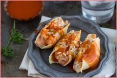 Transform Thanksgiving turkey leftovers with a Cheesy Buffalo Turkey Stuffed Shells recipe filled with turkey, ricotta, Monterey jack, and buffalo sauce! Jumbo Shells Stuffed, Jumbo Pasta Shells, Stuffed Shells Recipe, Stuffed Pasta Shells, Thanksgiving Leftover Recipes, Leftover Turkey, Turkey Leftovers, Thanksgiving Turkey, Leftovers Recipes