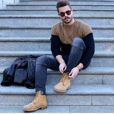 I love that sweater @stefanotratto #shop #shoes #menshoes #menswear #menstyle #USA #menwithstyle #mensweardaily #followme #gq #dandy#colombia #dapper #Italy #Canada #fashionablesundays #simplydapper #fashionmen #venezuela #mensfashionreview #zaramen #gentsfashion #fabuluxe #mentrend #mensshoes #menwithstyle #menwithclass #fashionblogger #Moda #mensworld #fashiontrends