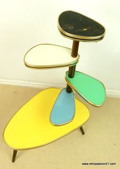 Amazing Danish Modern plant stand from the Mid Century Modern Decor, Mid Century Modern Furniture, Modern Plant Stand, Plant Stands, Danish Modern, Mid-century Modern, Bauhaus, Blue Shelves, Art Nouveau