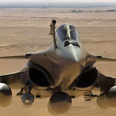 """French Dassault Rafale flying over Egypt #airbus #usairforce #instagramaviation…"