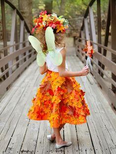 Elfe Karneval Kostüm aus Herbst Blättern für die Kinder