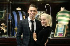 Dove Cameron and Thomas Doherty