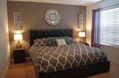 Master retreat with King bed #Disney #Orlando #Florida #Resort #vacationrental #floridaholiday #villa #regalpalms #loveFL #homeaway @homeaway LIKE US: https://www.facebook.com/pages/Sunshine-Villa-Florida/596044753781009?ref=hl VRBO.com/504145