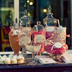 candy bar wedding pictures | candy bar at weddings1 TREND ALERT: CANDY BARS