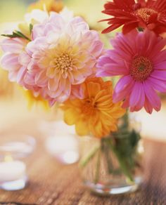 Fresh flowers and 5 other things that will bring some good luck to your home: http://goodho.us/601201uk