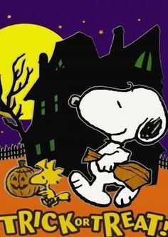 Peanuts Snoopy and Woodstock Halloween Items, Halloween Trick Or Treat, Halloween Signs, Holidays Halloween, Vintage Halloween, Happy Halloween, Halloween Images, Halloween Village, Haunted Halloween