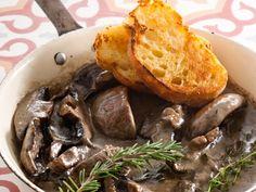 A creamy decadent option for a meat-free Monday. Creamy Mushrooms, Stuffed Mushrooms, South African Recipes, Ethnic Recipes, Recipe Images, Recipe Ideas, Good Food, Yummy Food, Mozzarella