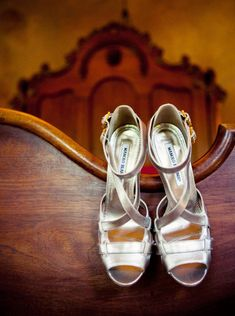 Silberne Brautschuhe