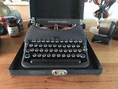 Your place to buy and sell all things handmade Working Typewriter, Typewriter For Sale, Antique Typewriter, Portable Typewriter, Typeface Font, Wedding Props, Vintage Typewriters, Writers Write, The Old Days