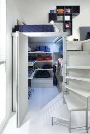 I want a design room! Tiny House Bedroom, Closet Bedroom, Bedroom Storage, Home Bedroom, Kids Bedroom, Bedroom Ideas, Tiny Bedrooms, Warm Bedroom, Bed Ideas