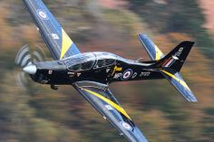 RAF Shorts Tucano T.1 ZF172 low level at Thirlmere