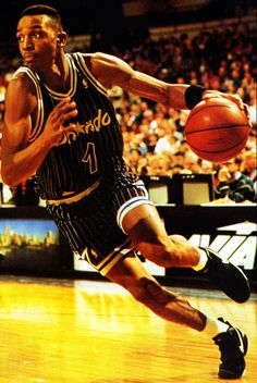 basketball greats penny hardaway, basketball, s Basketball Is Life, Basketball Pictures, Sports Basketball, Basketball Players, Japan Baseball, Inside The Nba, Penny Hardaway, Gym Weights, Sports Illustrated Models