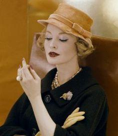 Henry Clarke - elegant and ladylike - pearl photos.jpg