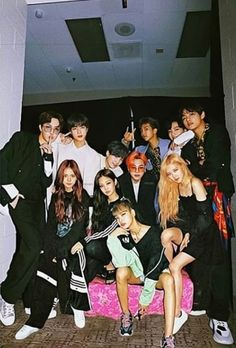 Bts Group Photos, Kpop Couples, Blackpink And Bts, Bts Imagine, Fan Edits, Bts Merch, Jennie Blackpink, Bts Fans, I Love Bts