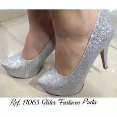 Sapato Prata Glitter Furta Cor Brilho Salto Alto Meia Pata - R$ 150,00